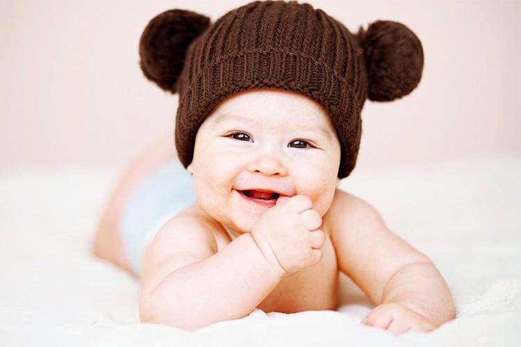 bebelus-zambitor